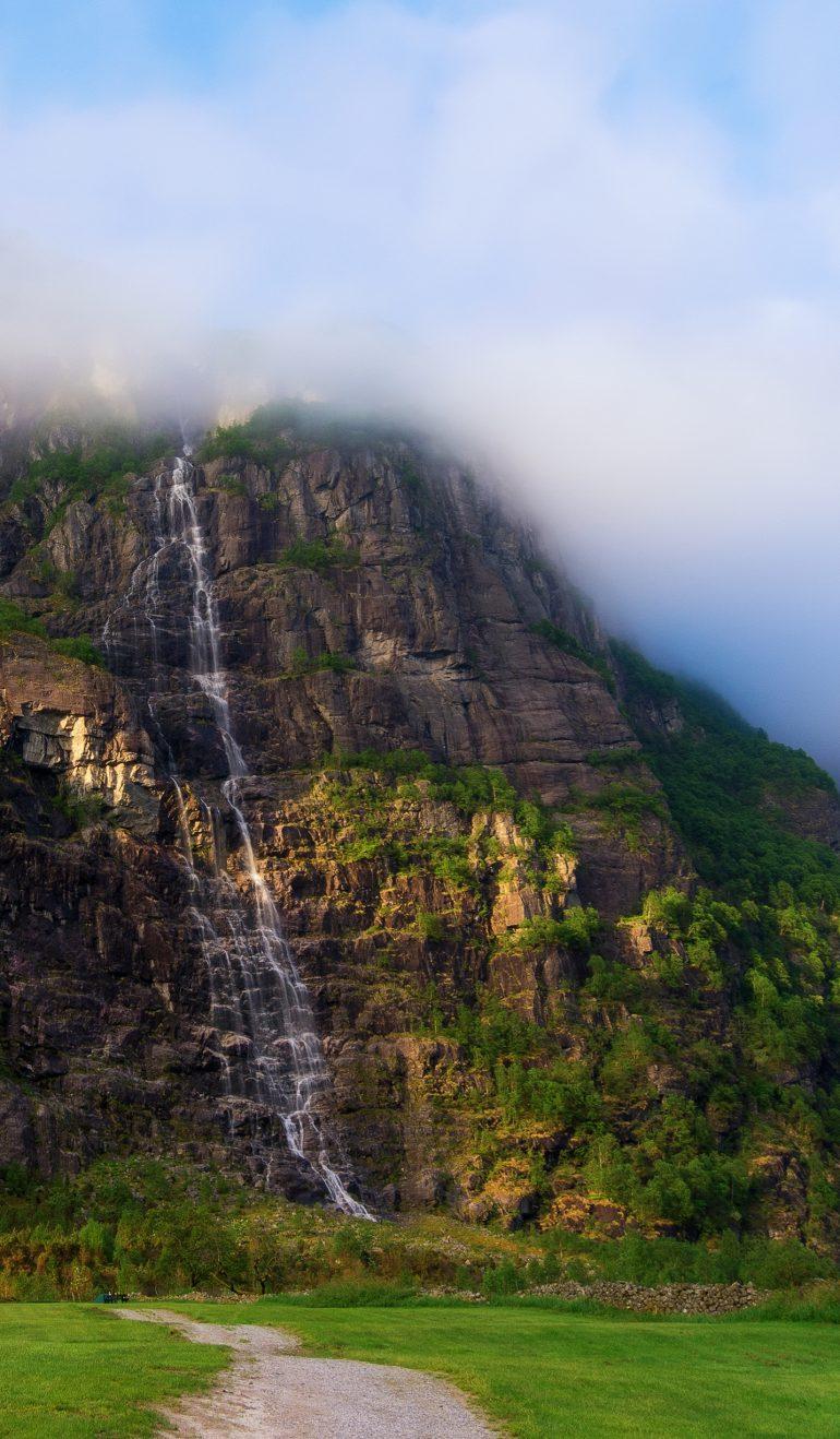 Небесный водопад