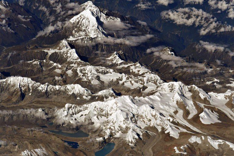 Космический снимок самой высокой точки Земли