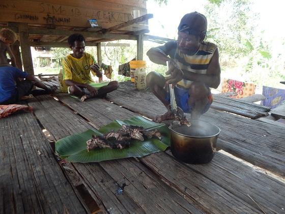 готовка пищи в папуа новой гвинее