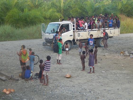 жители папуа новой гвинеи